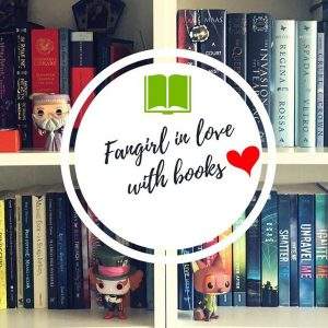 fangirl in love with books